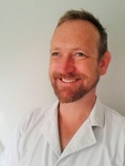 Damian Moore Principal Osteopath Oval Osteopathy Nine Elms Osteopathy and Vauxhall Village Osteopathy